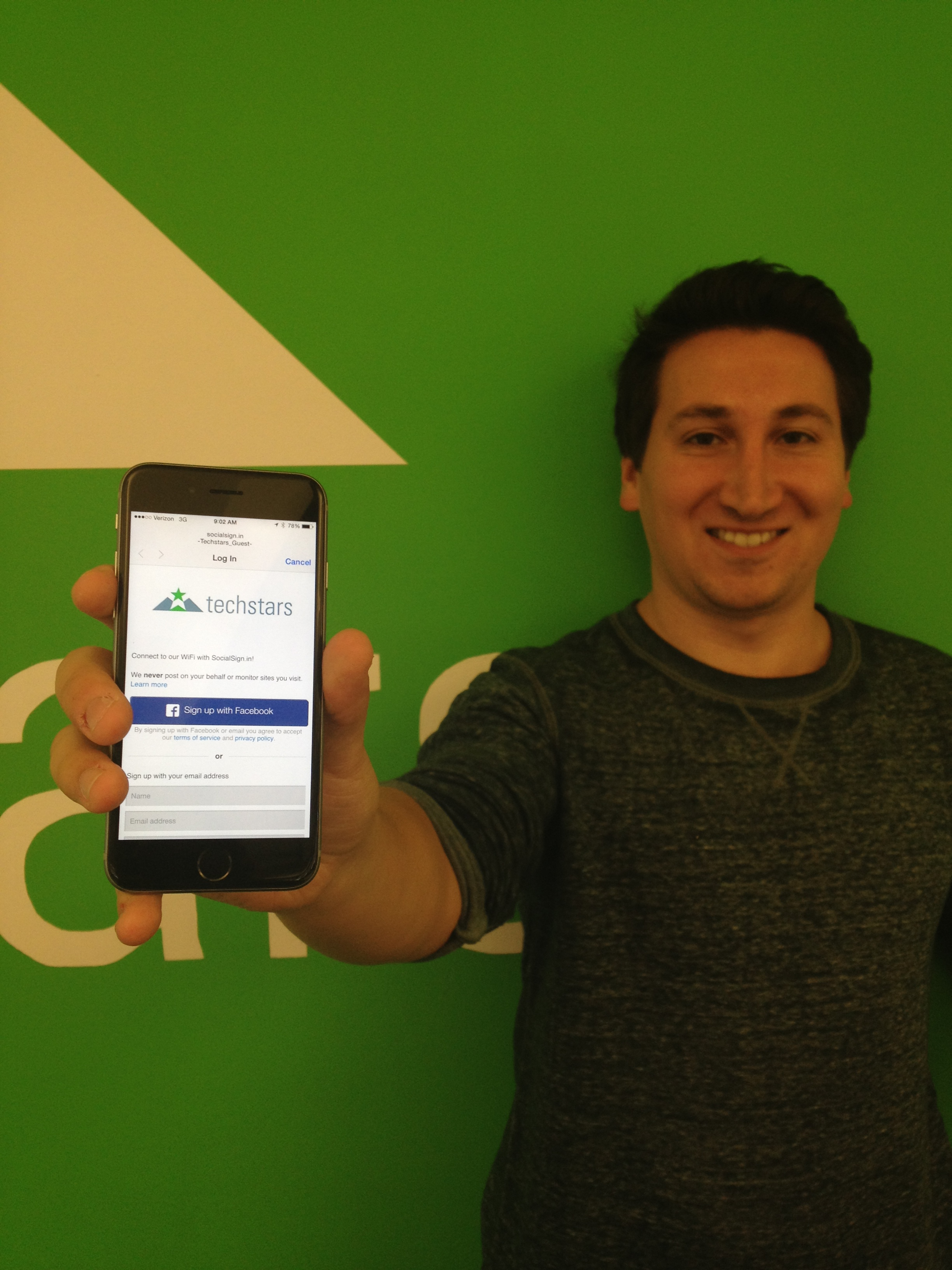 Our Marketing Manager, @Freidlin, with his new iPhone 6.