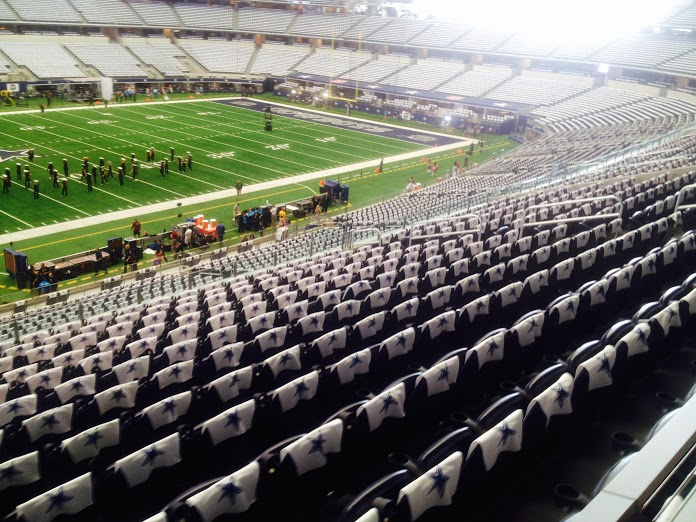 Dallas Cowboys Stadium Fan Engagement and WiFi